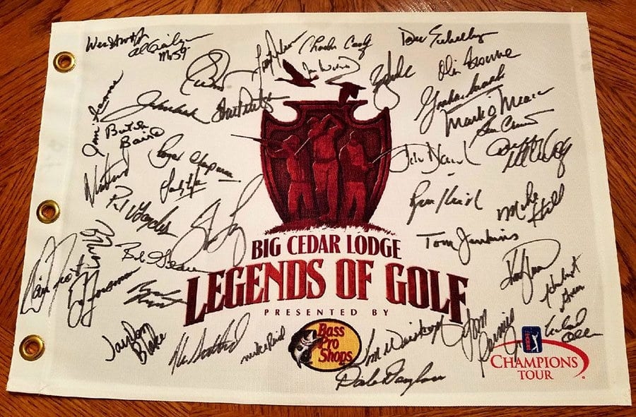 Legends of Golf 2017, autographed flag